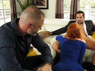 Redhead fucked onwards of her spouse in a monster cuckold