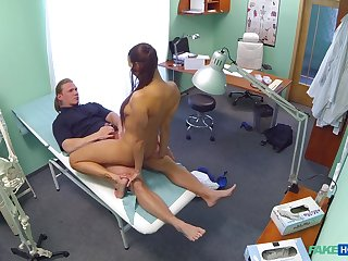 Mea Melone and a stud bring off the deed in a medical criticism room