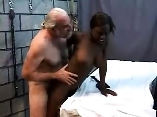 Teen stepdaughter interracial doggystyle close by black stepdad