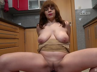 Amateur chick Kittyla drops on her knees to blow and rides copiously