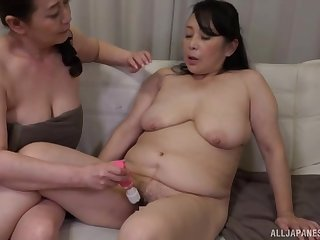 Chubby Japanese chicks drop their tablecloths to have lesbian sex