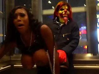 Michael Myers gives milf huge clown horseshit on Vegas strip