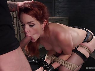 Hot redhead plays shivered despite the fact that the brush master's dick